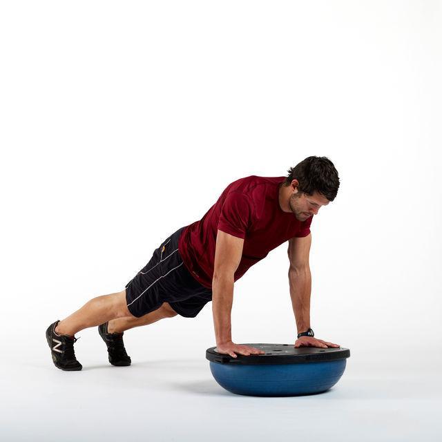 skimble-workout-trainer-exercise-bosu-pushups-1_iphone_640x.progressive